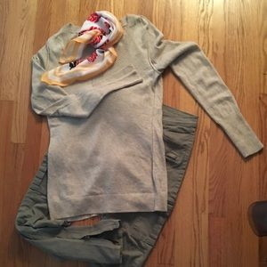 Banana republic Italian wool and cashmere sweater